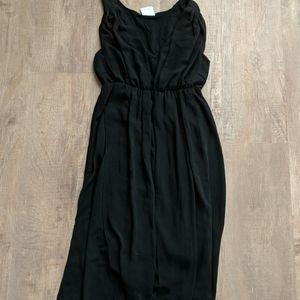Mama licious size small black dress